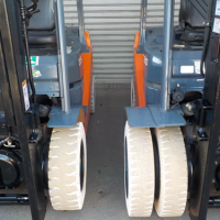 single-and-double-tyre-forklift